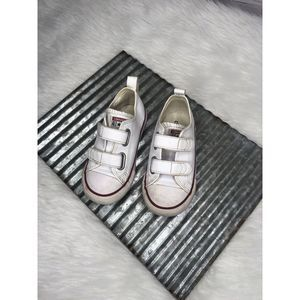 Converse Leather Kids Shoes | Size 8